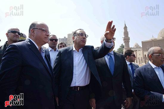 رئيس الوزراء بيتفقد منطقة سور مجرى العيون ومنطقة عين الحياة(6)