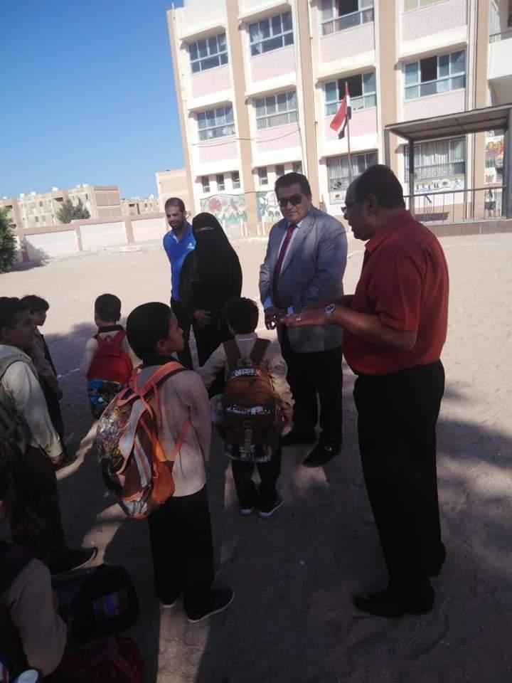 وكيل تعليم جنوب سيناء يتابع المدارس (4)