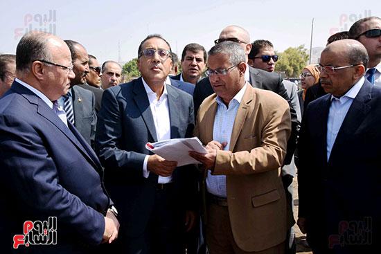 رئيس الوزراء بيتفقد منطقة سور مجرى العيون ومنطقة عين الحياة(13)