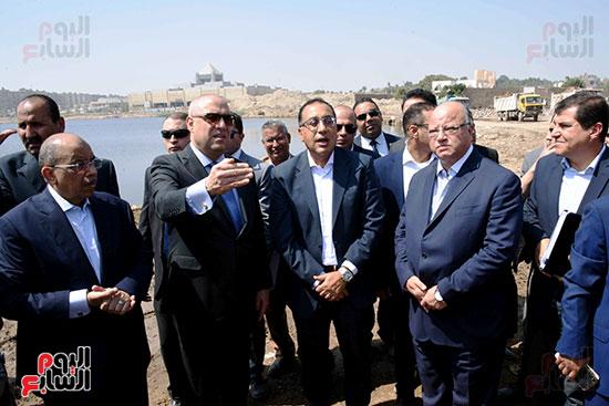 رئيس الوزراء بيتفقد منطقة سور مجرى العيون ومنطقة عين الحياة(17)