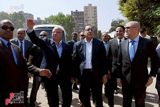 رئيس الوزراء بيتفقد منطقة سور مجرى العيون ومنطقة عين الحياة(21)