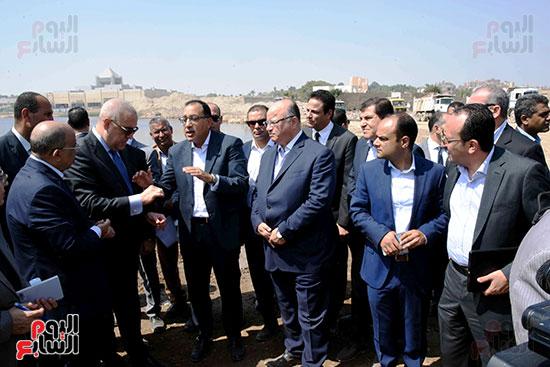 رئيس الوزراء بيتفقد منطقة سور مجرى العيون ومنطقة عين الحياة(19)
