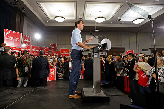 جاستن ترودو يطلق حملته الانتخابية