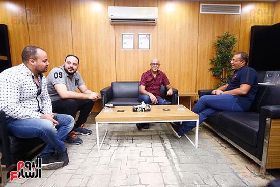 اليوم السابع يحتفل بميلاد الفنان اشرف عبد الباقى (3)
