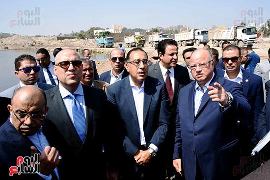 رئيس الوزراء بيتفقد منطقة سور مجرى العيون ومنطقة عين الحياة(16)