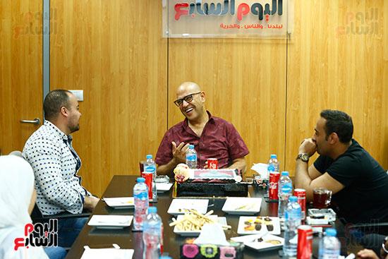 اليوم السابع يحتفل بميلاد الفنان اشرف عبد الباقى (14)