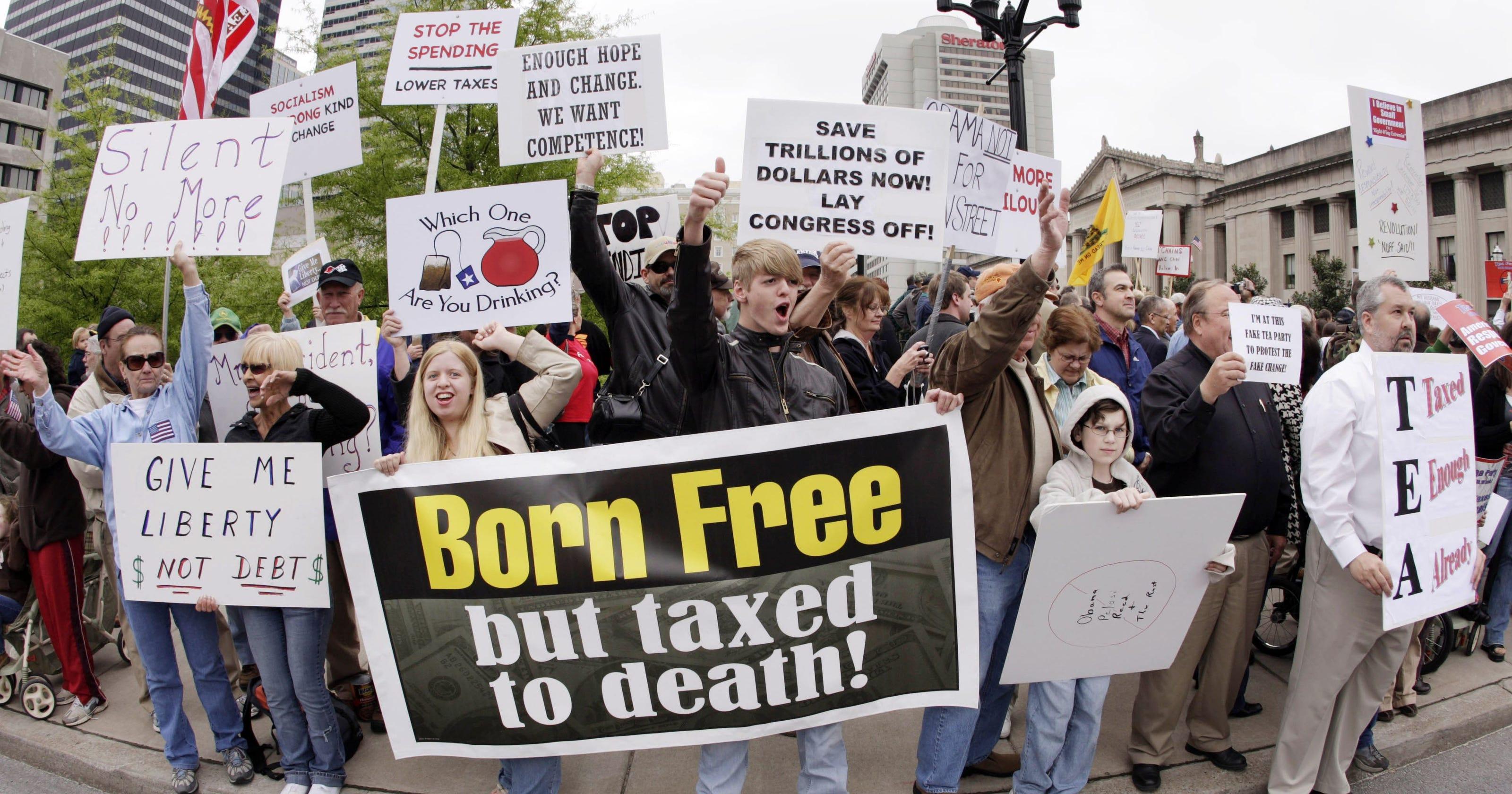 مظاهرات لأعضاء حركة الشاى