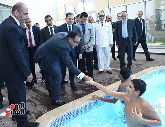 رئيس الوزراء يفتتح واحداً من أكبر المراكز التأهيلية لذوى الإحتياجات الخاصة (6)
