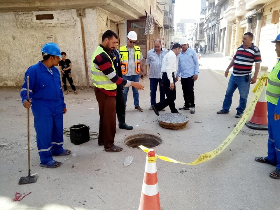 تطهير وتسليك غرف الصرف وصفايات الأمطار (1)