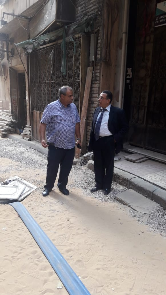 حى وسط الإسكندرية يواصل إصلاح الهبوط الأرضى (1)