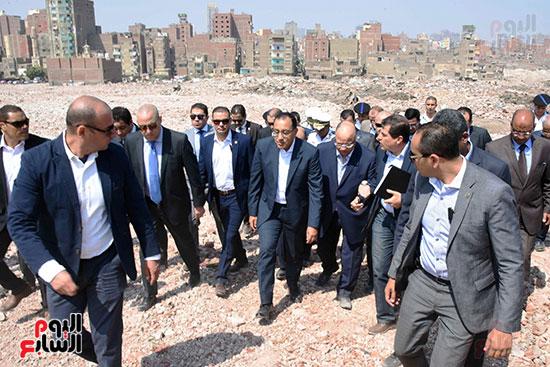 رئيس الوزراء بيتفقد منطقة سور مجرى العيون ومنطقة عين الحياة(11)