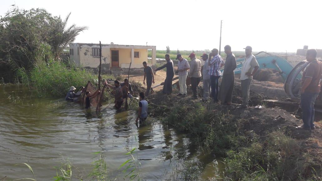 تطهير 165 فدانا من المزارع السمكية المخالفة بجنوب بورسعيد (8)
