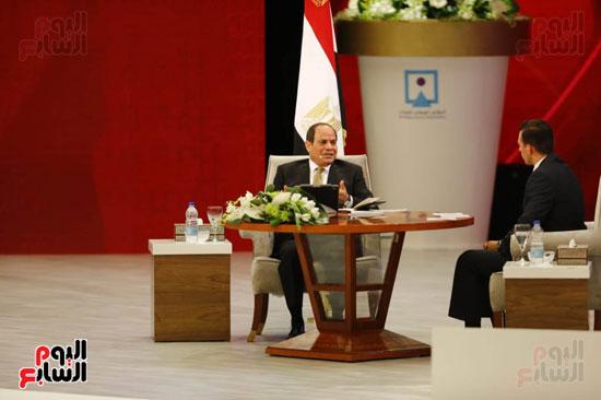 الرئيس السيسى، خلال جلسة اسأل الرئيس (8)