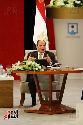 الرئيس السيسى، خلال جلسة اسأل الرئيس (10)