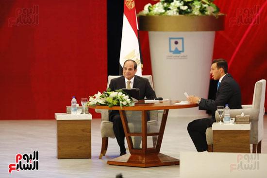 الرئيس السيسى، خلال جلسة اسأل الرئيس (5)