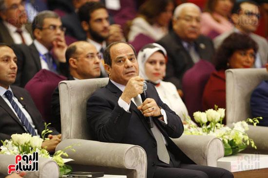 الرئيس يرد خلال مؤتمر الشباب