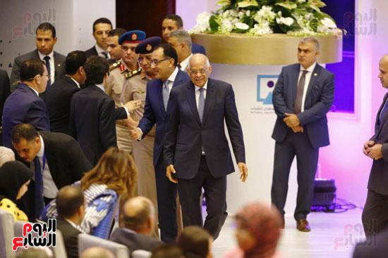 وصول رئيس الوزراء وعلى عبد العال مركز المنارة
