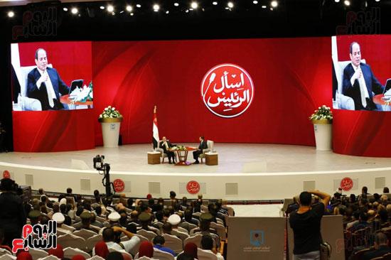 الرئيس السيسى، خلال جلسة اسأل الرئيس (16)