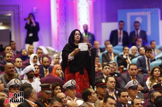 جانب من الحضور (2)