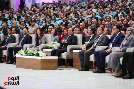 الرئيس السيسى خلال الاحتفاء بأبطال مصر فى دورة الألعاب الأفريقية (1)