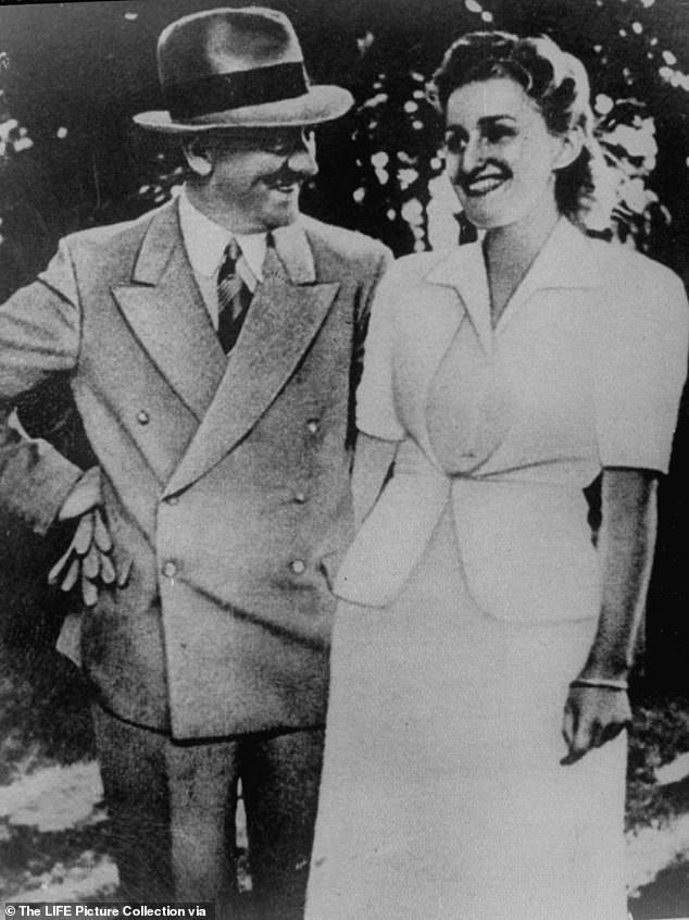 ملابس الداخلية لعشيقة هتلر للبيع بمزاد علنى (3)