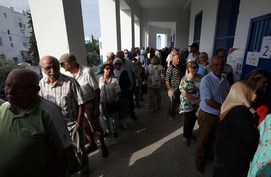 انتظار-المصوتين----فى-صفوف-للتصويت