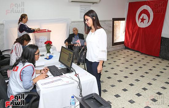 التونسيون-بمصر-ينتخبون-رئيسهم-(3)