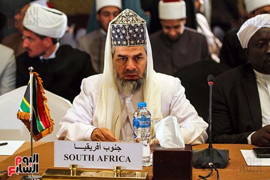 الجلسة الافتتاحية لمؤتمر فقه بناء الدول برؤية عصرية  (10)