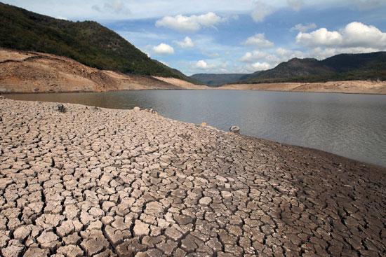 جانب من الجفاف