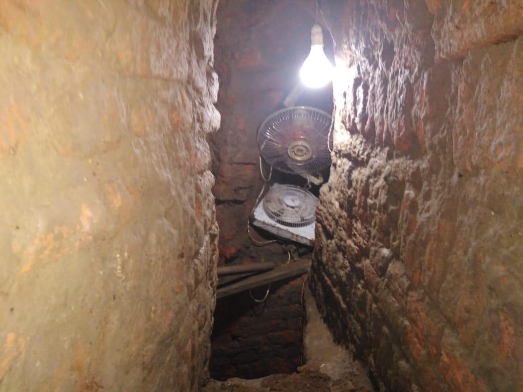 المعبد البطلمى المعثور عليه أثناء التنقيب عن الآثار (1)