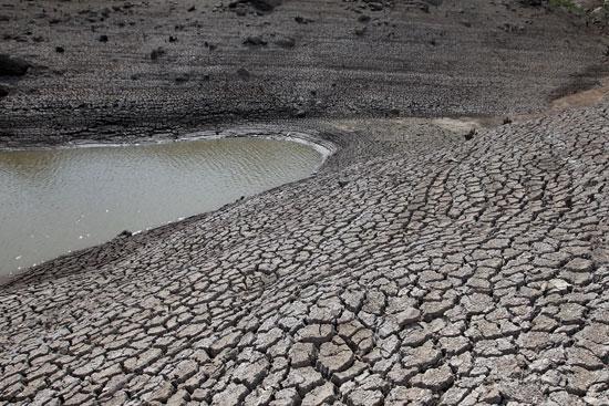 انخفاض مستويات المياه
