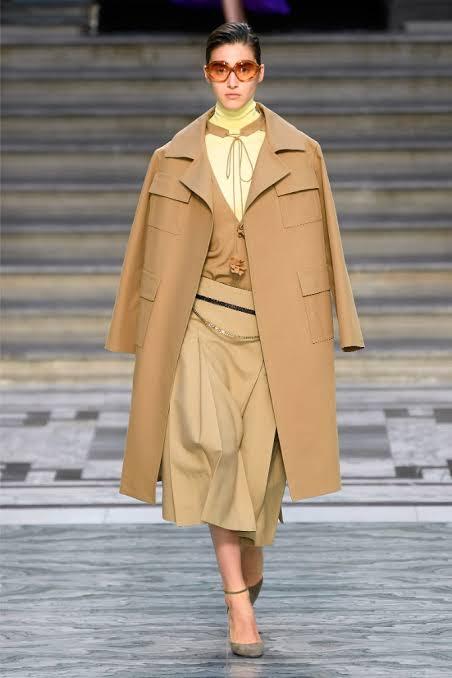 عرض أزياء فيكتوريا بيكهام بأسبوع الموضة فى لندن (3)
