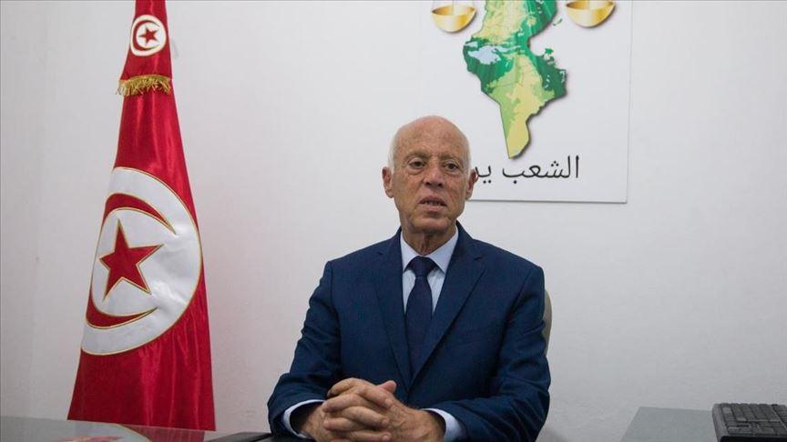 قيس سعيد رجل القانون الذى هزم ساسة تونس فى أولى جولات الانتخابات