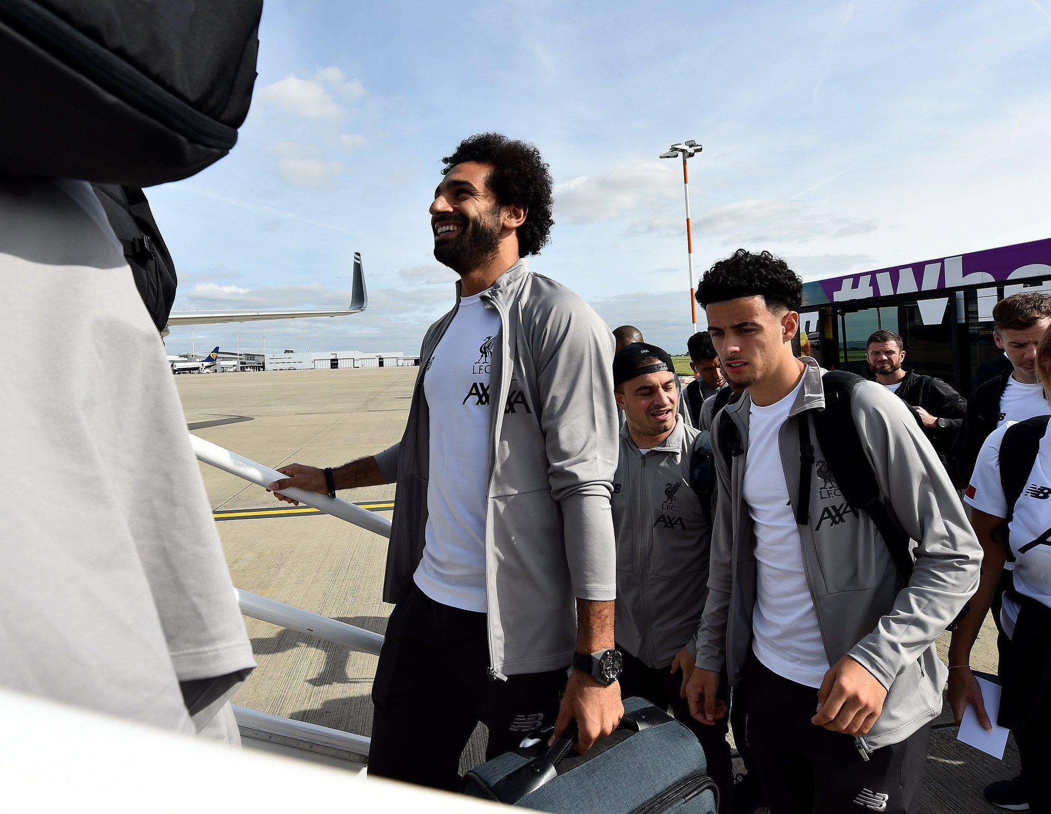 ليفربول يغادر إلى إيطاليا (3)