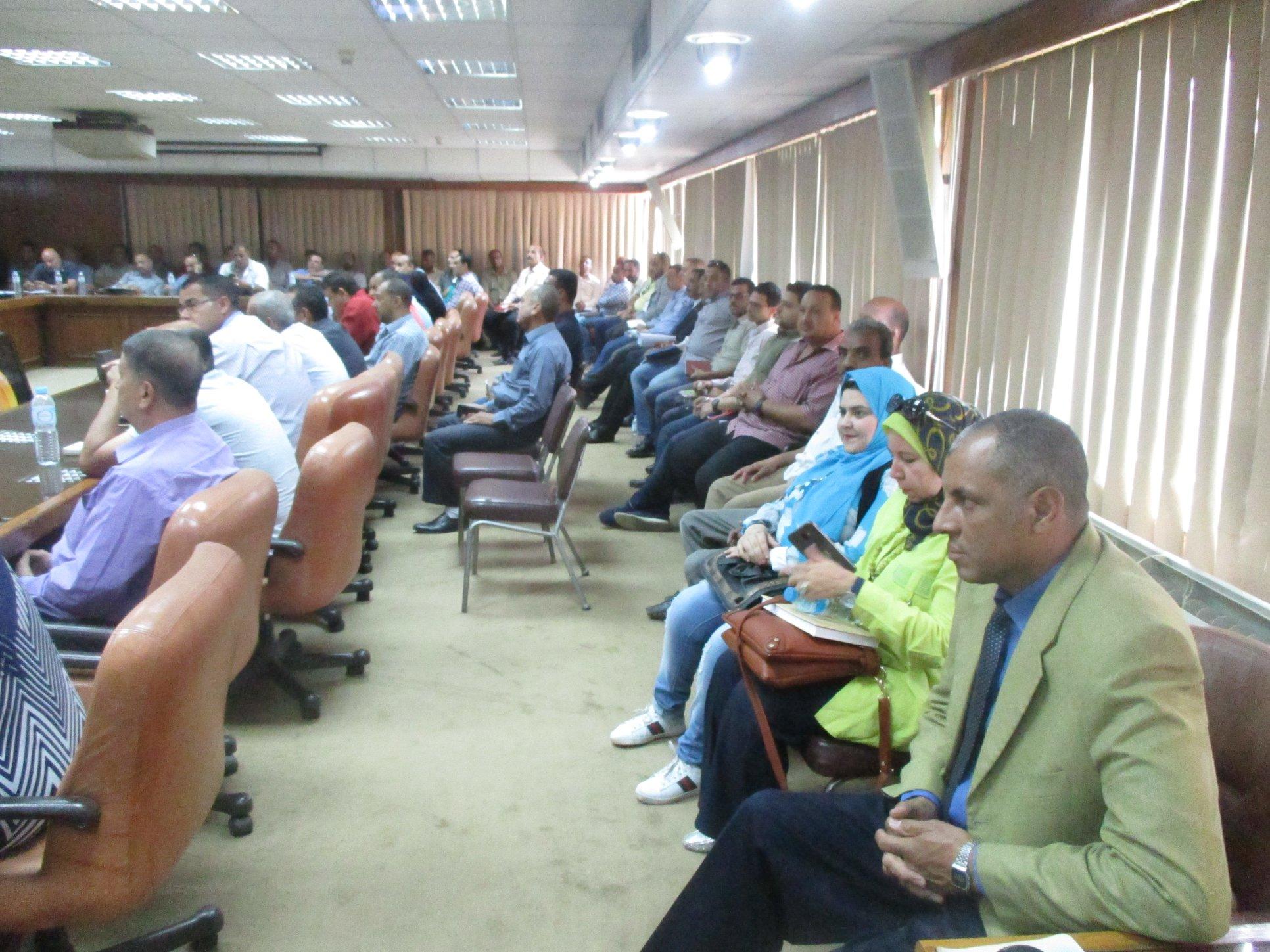 مركز التنمية المحلية للتدريب بسقارة ينظم 4 دورات تدريبية جديدة (2)