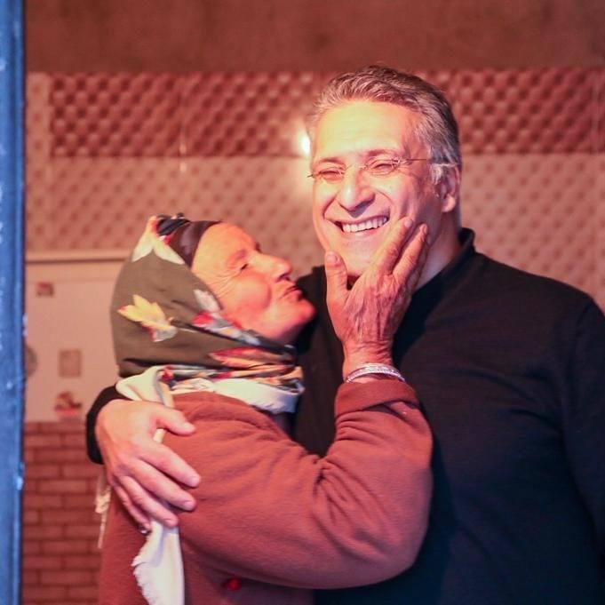 نبيل القروى مع إحدى جماهيره