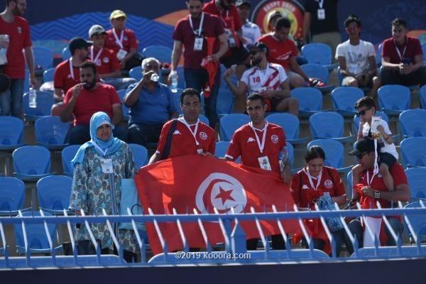 جماهير تونس تثنى على ملعب ستاد السويس