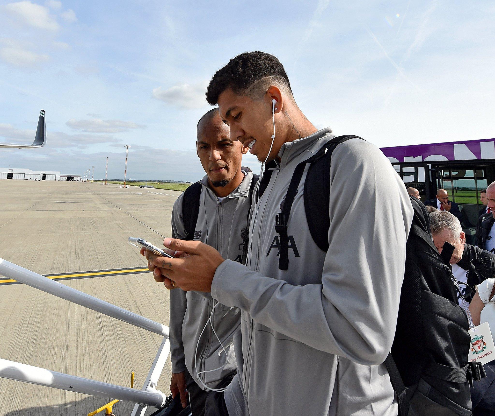 ليفربول يغادر إلى إيطاليا (2)