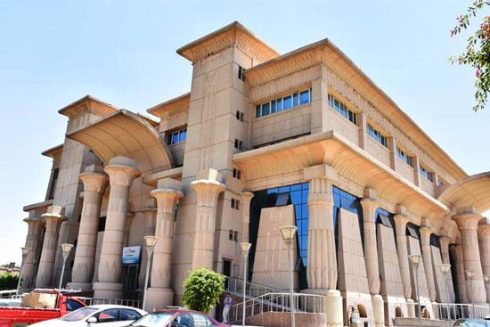طوارئ بالمدن الجامعية بجامعة عين شمس (2)
