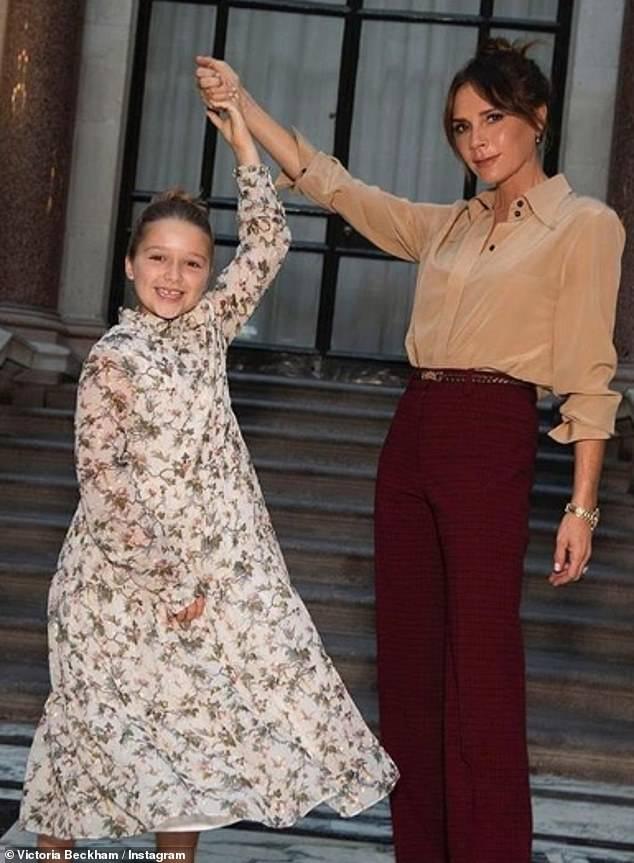 فيكتوريا وابنتها هاربر