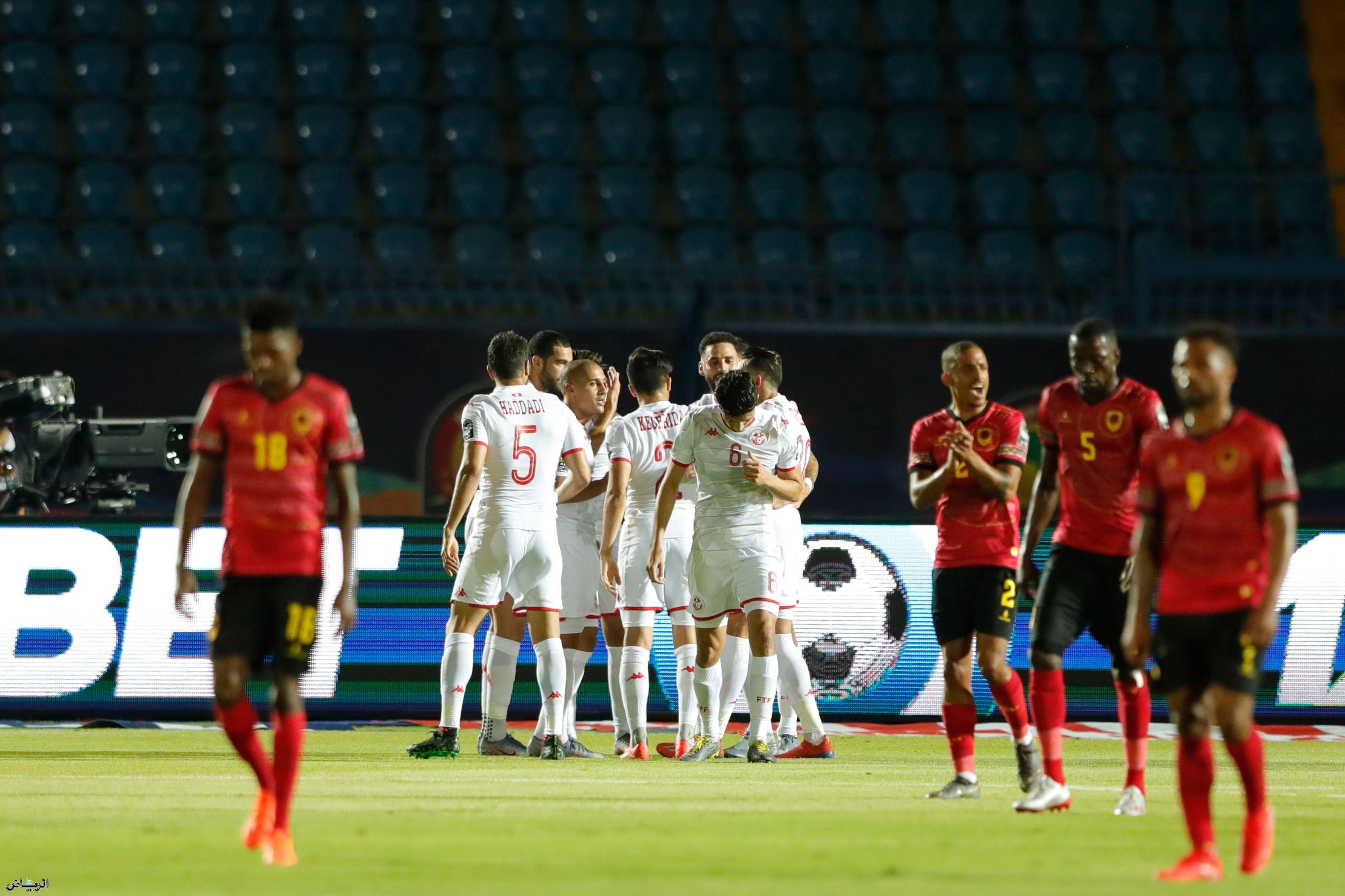 جماهير تونس أشادت باستاد السويس