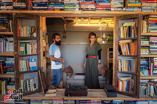 الملكة-رانيا-فى-المكتبة
