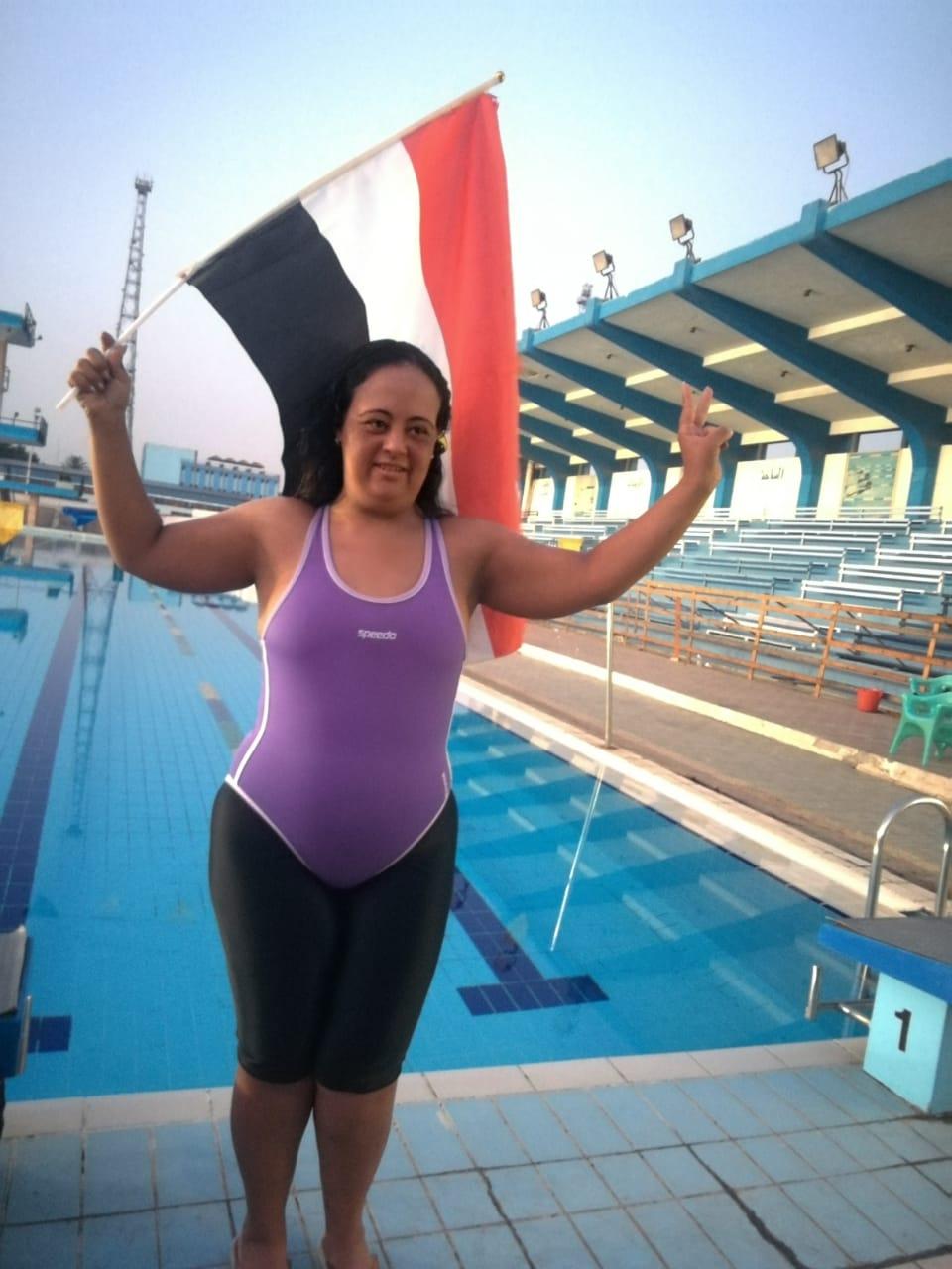 لسباحة المصرية لبنى مصطفى