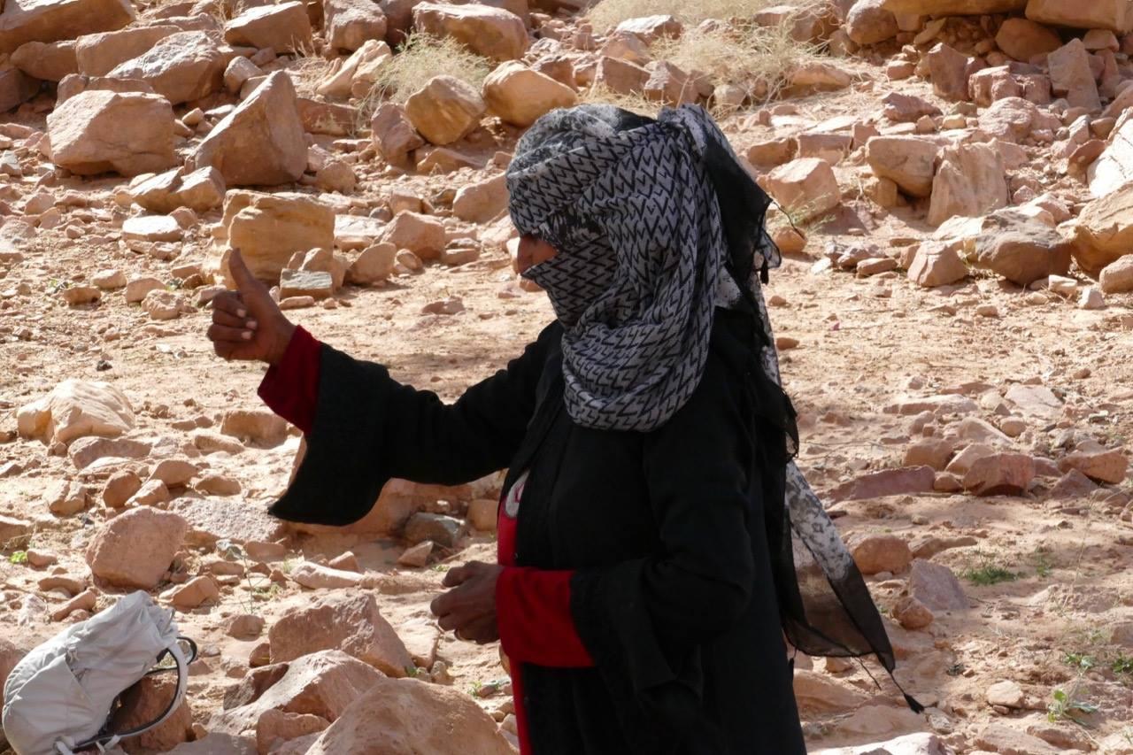لأول مرة تقود المرأة السيناوية وفودا سياحية
