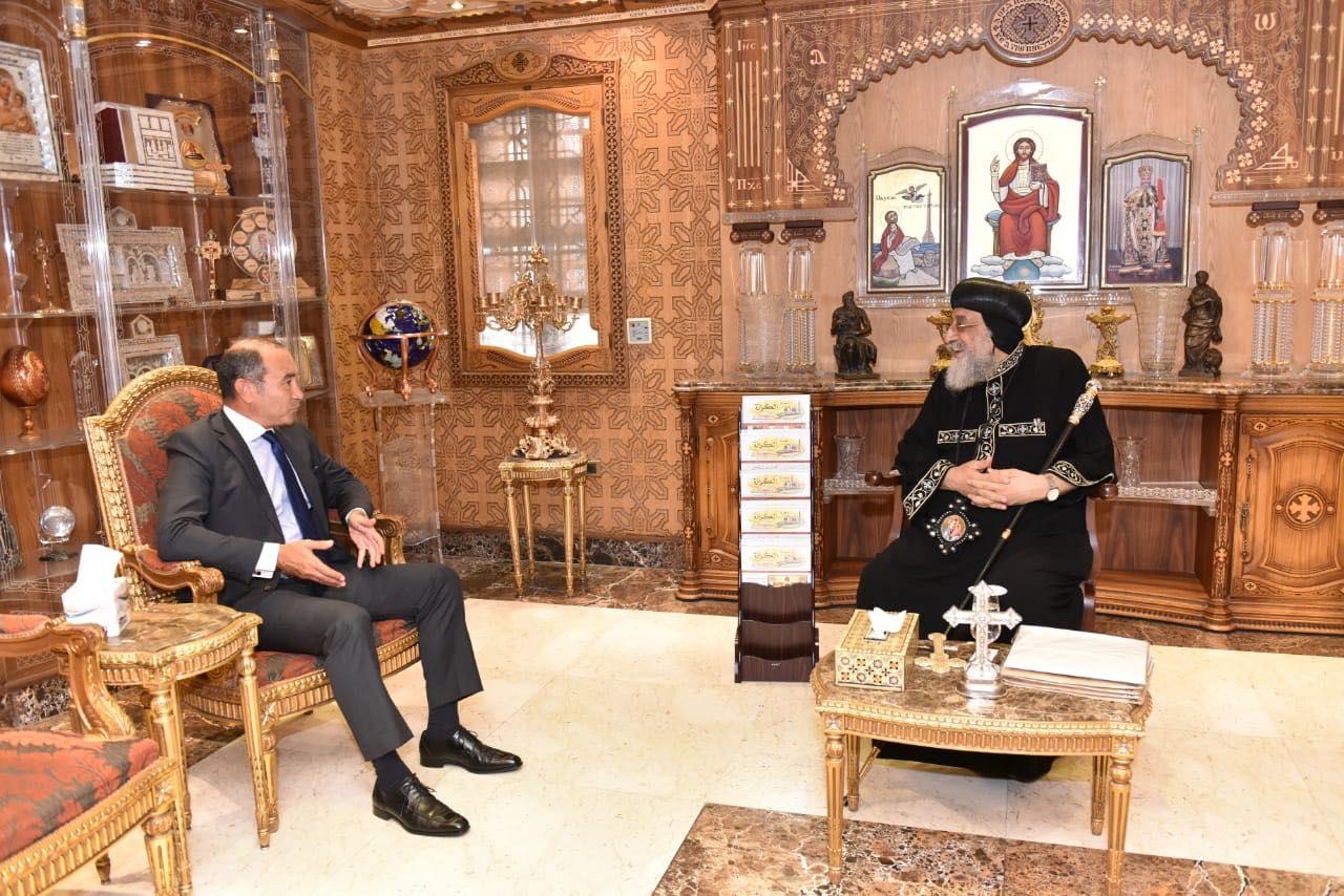 قداسة البابا يستقبل سفير مصر بألمانيا (1)