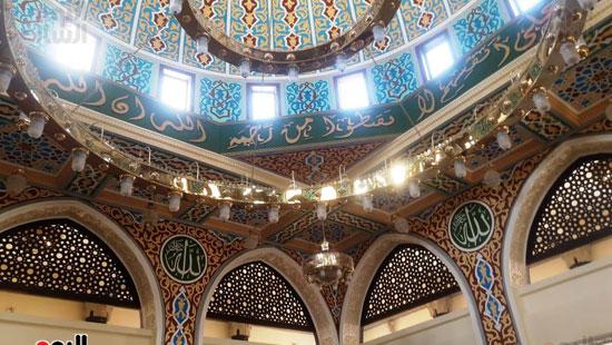 المسجد-من-الداخل