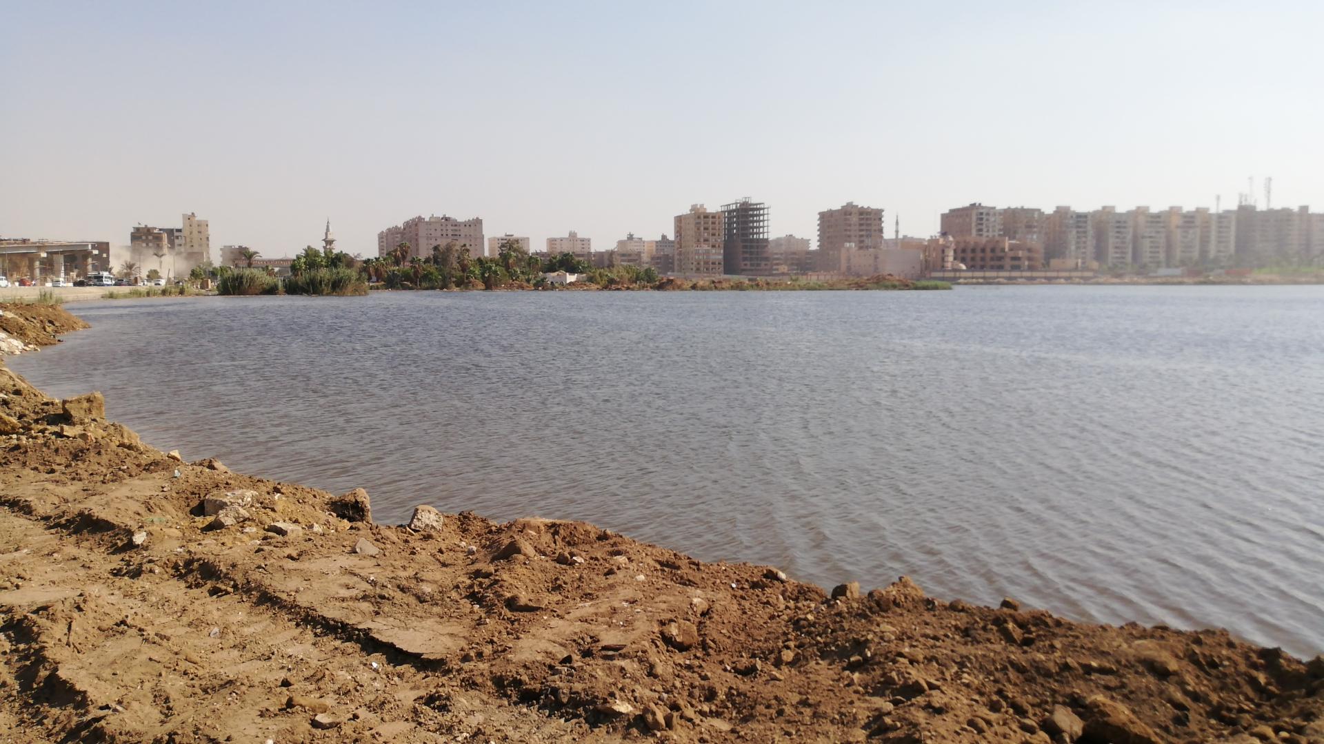 منظر عام لبحيرة عين الصيرة