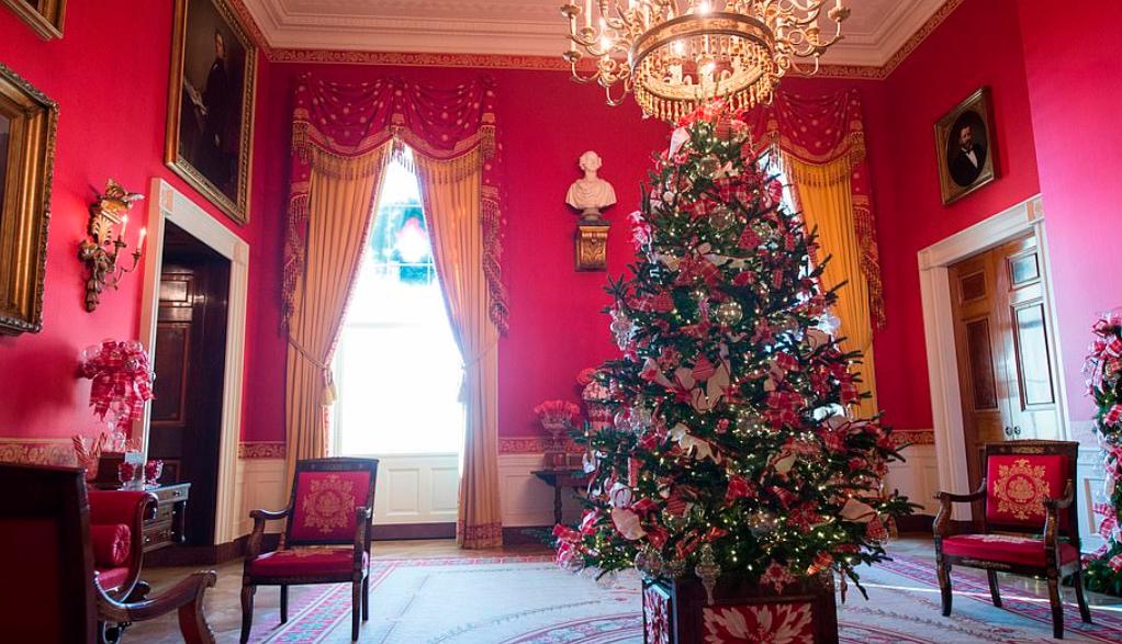 صورة للغرفةالحمراء قبل التجديد عام 2017