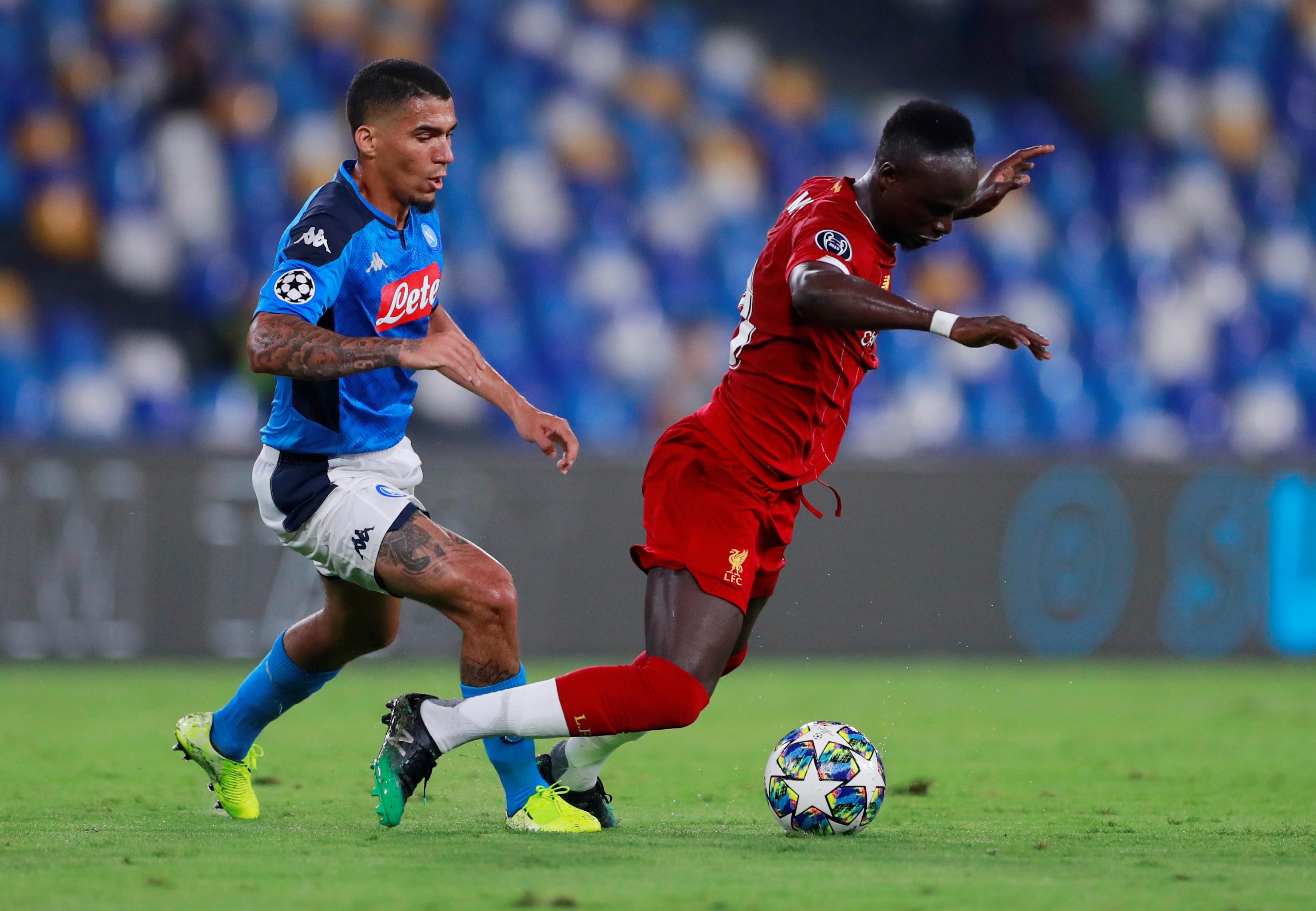 ليفربول ضد نابولى  (4)