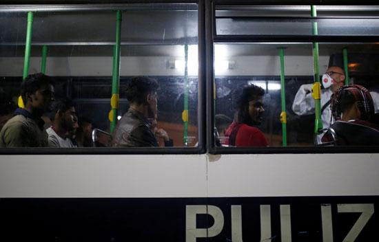 إيطاليا تنقذ المهاجرين